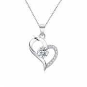S999 Pure Silver One-carat Crystal Heart-shaped Necklace