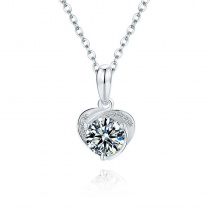 S925 Heart Shaped Classic Round Cut 1.0 Carat Moissanite Diamond Pendant Necklace