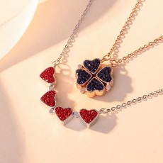 Rose Gold Clovers Double-Sided Creative Love Necklaces In Sterling Silver